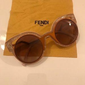 f6bf5155179a Fendi Paradeyes Pink Sunglasses